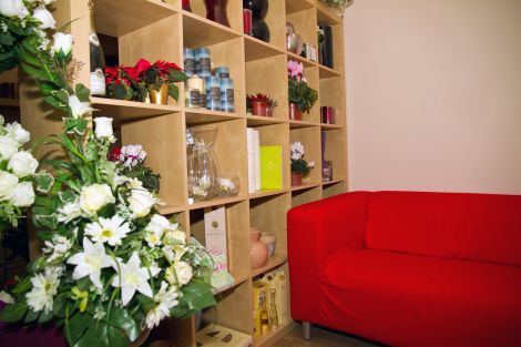 Relax and discuss your floral requirements in the new seating area