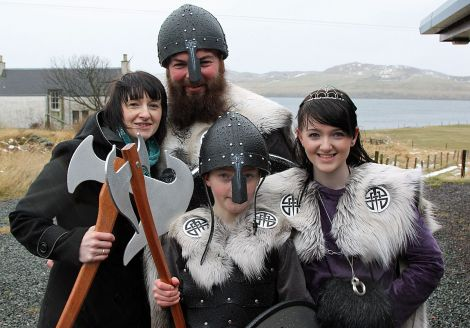 Guizer Jarl Barry Anderson with partner Lisa Henry and their children Ryan (10) and Lauren (14).