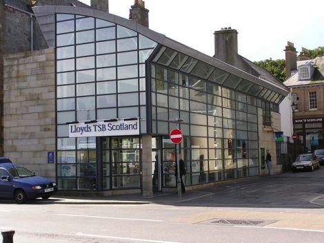The Lerwick branch of Lloyds TSB. Photo Robbie/Shetlopedia