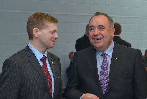 SIC convener Malcolm Bell welcomes the First Minister at Sumburgh airport.