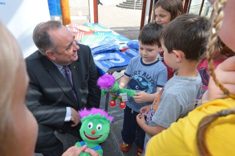 First minister Alex Salmond lending a helping hand at the launch of the 'My Legacy Wish' at the Clickimin Leisure Centre on Wednesday afternoon, part of the built up to the 2014 Commonwealth Games, in Glasgow.