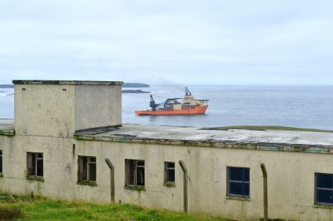 The Bibby Polaris was still in Quendale Bay on Monday evening - Photo: ShetNews