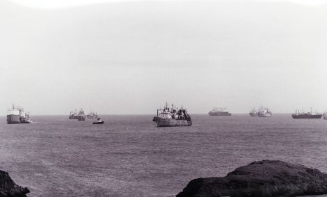East European klondykers off LK harbour in 1993 - Photo: Hans J Marter