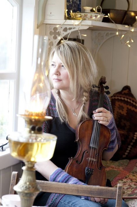 Catriona MacDonald will give a lecture on Tom Anderson's music as part of this year's Fiddle Frenzy.
