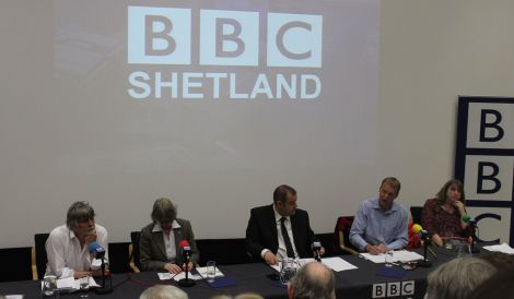 BBC Radio Shetland's John Johnston chairs the BBC referendum debate with Brian Smith and Jean Urquhart (right) for Yes and Tavish Scott and Susan Bowie for No. Photo Shetnews
