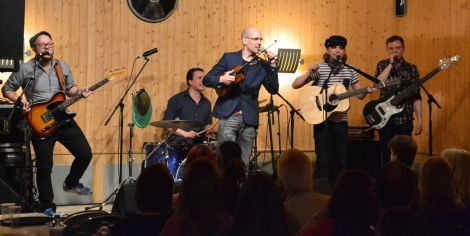 The Esko Jarvela Epic Male Band offering up their Finnish prog-folk at Vidlin on Thursday night. Photo: Shetnews