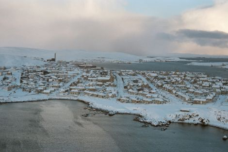 Lerwick, Christmas 1995, not a car to be seen.