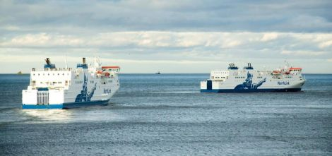 NorthLink ferries Hjaltland and Hrossey. Photo Will Rodger