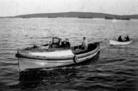 The lifeboat being used as a ferry between Bressay and Lerwick between the wars. Photo Shetland Museum and Archives