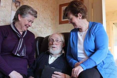 Crossroads carer Adeline Nicolson (right) with 85-year old Alan Alderson and his wife Patricia - Photos: ShetNews