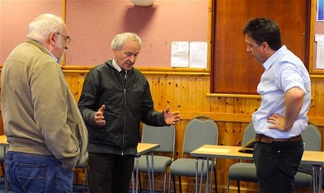 Councillor Allison Duncan (centre) making a point with Peter Hamilton (right) and John Hunter listening.