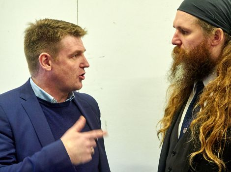 Faroese prime minister Askel Johannesen meets Lerwick guizer jarl Lyall Gair - Photo: Chris Brownl