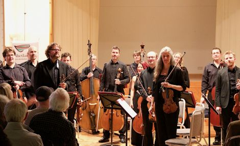 The Scottish Chamber Orchestra receiving a prolonged applause after a 'dazzling and breathtaking' performance. Photo: Hans J Marter/Shetland News
