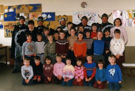 The Cullivoe Primary School class of 1986.