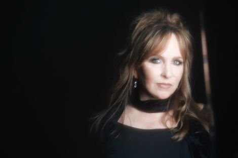 Revered Americana singer-songwriter Gretchen Peters.