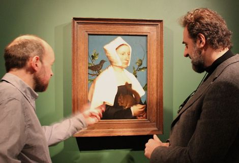 Curator of Shetland Museum, Dr Ian Tait, and the director of the National Gallery, Dr Gabriele Finaldi, admiring Holbein's masterpiece during an exhibition preview on Thursday afternoon. Photo: Hans J Marter/Shetland News