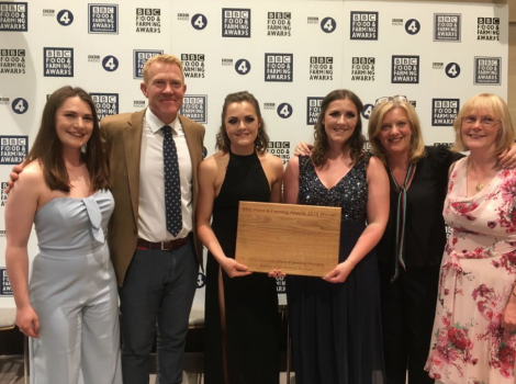 Aimee and Kirsty Budge (centre) flanked by Countryfile's Adam Henson and Charlotte Smith and family. Photo: BBC's The Food Programme Twitter.